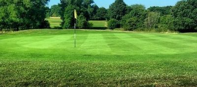 Maylands golf club 11th green and bunker %281%29