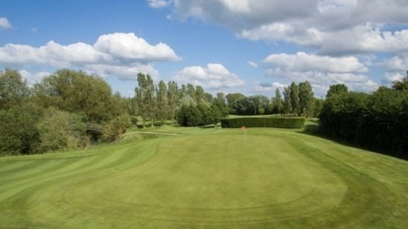 Three locks golf club hole 15 green %281%29